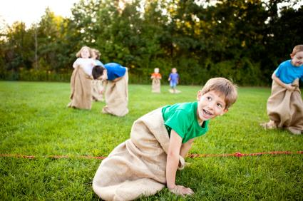146981-425x282-potato-sack-race